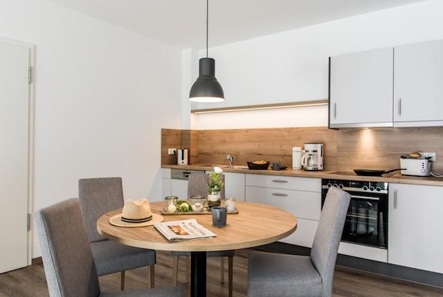 Hotelerweiterung Wohnbereich Küche Ansicht Waldhotel zum Bergsee Damme